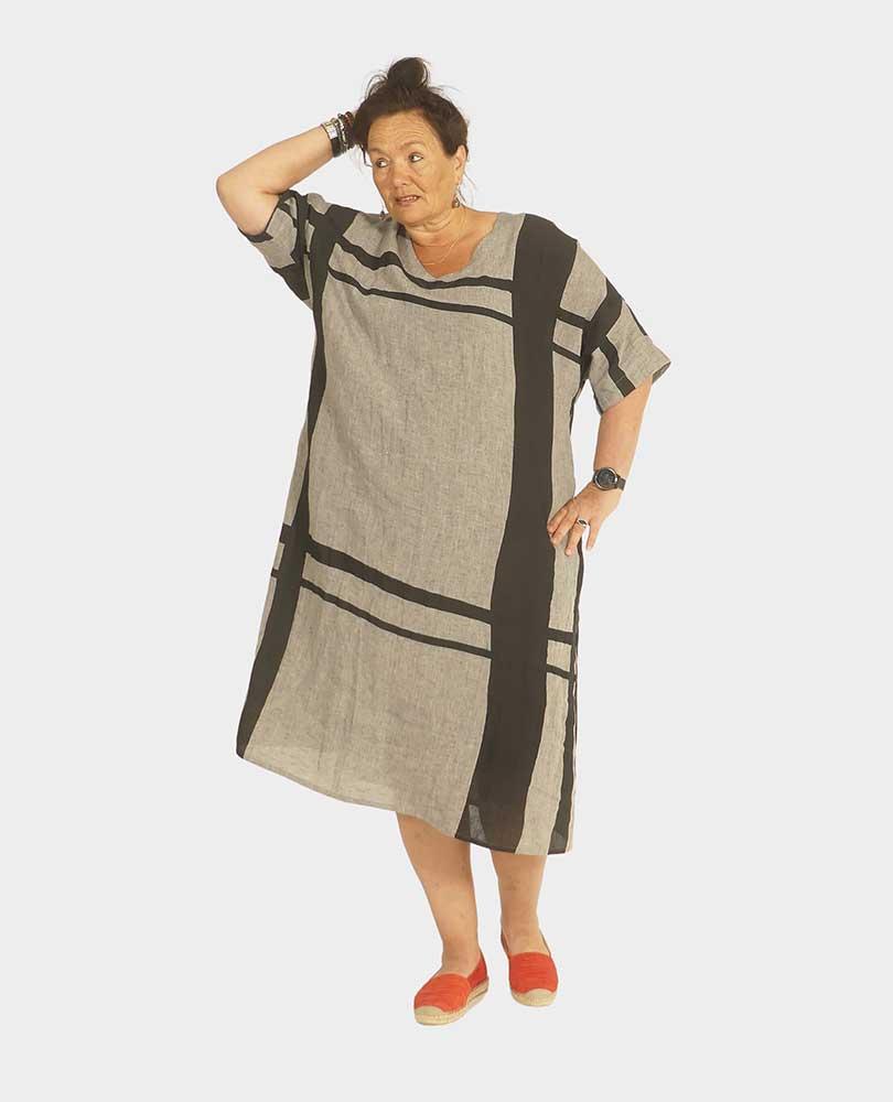 jurk linnen grafisch Q`neel